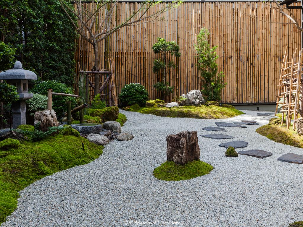 สวนญี่ปุ่น: จัดวางอย่างพิถีพิถัน มองด้วยความละเอียดอ่อน  ค้นหาความสงบนิ่งในใจ